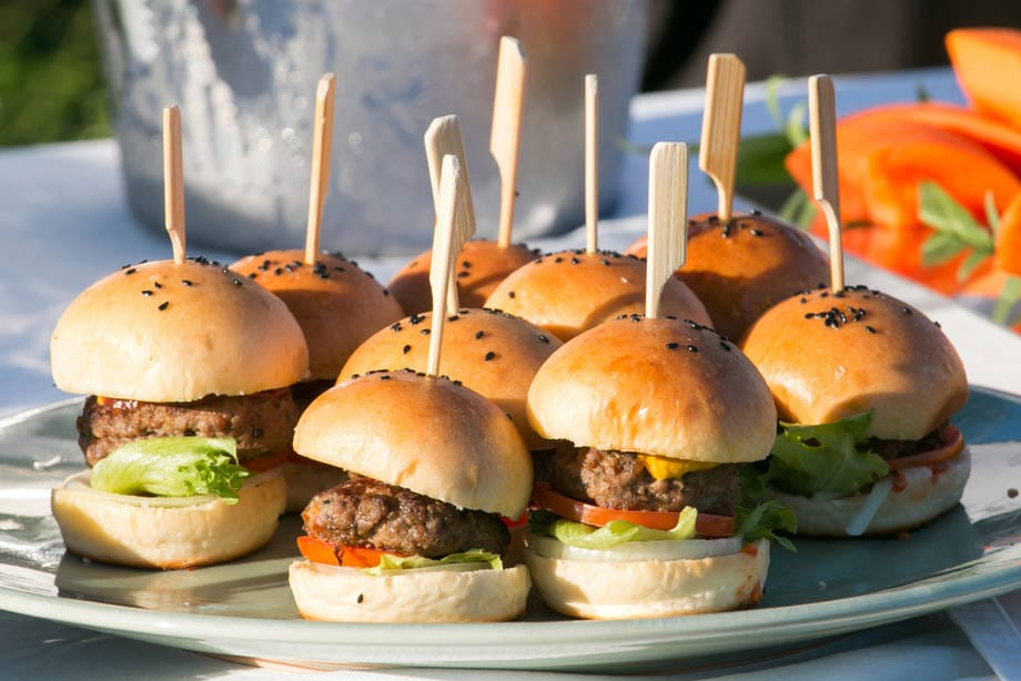 Fingerfood: tante idee per il buffet  | Mini hamburger | FOTO