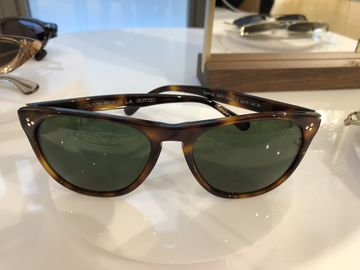Oliver Peoples classic