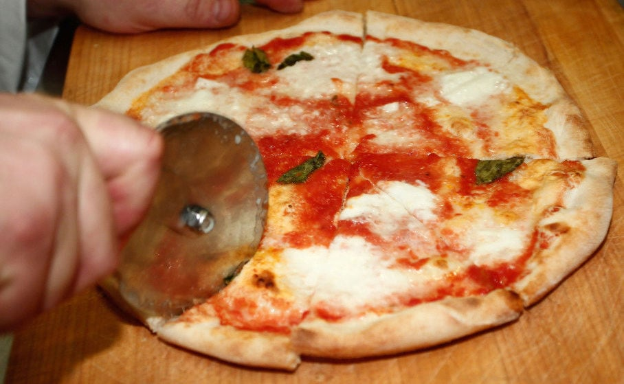 Come preparare la pizza fatta in casa