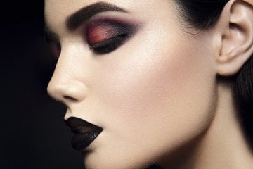 Trucco halloween idee make up pauroso - Mobile per trucco ...